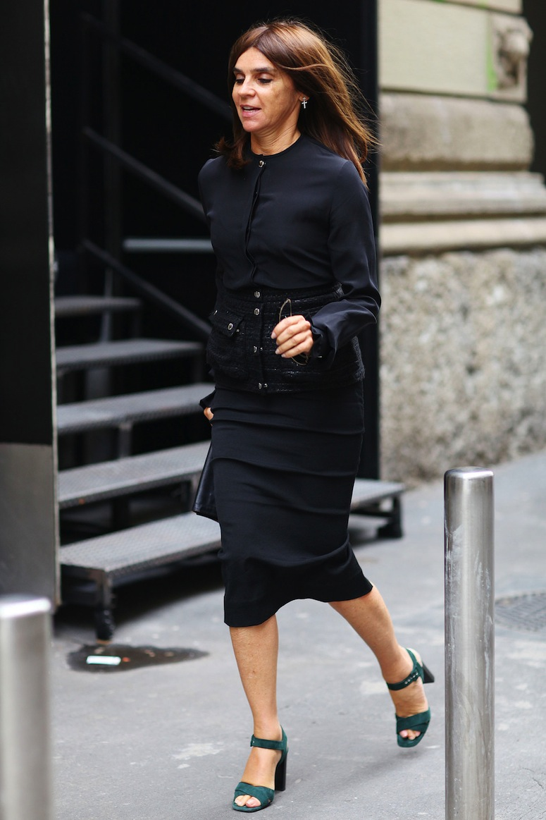 Carine-Roitfeld-makes-run-from-show-show-much-more