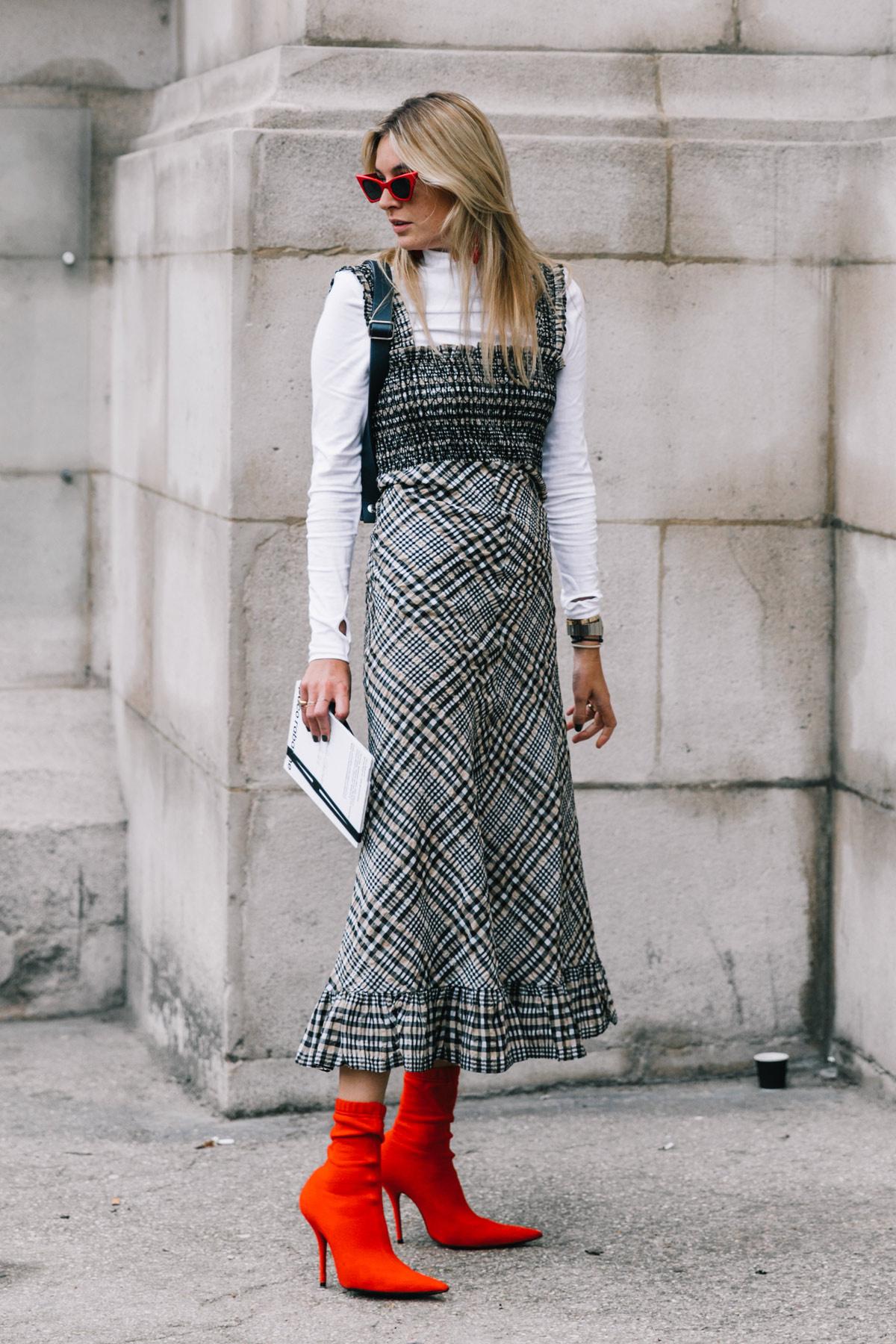 street_style_paris_fashion_week_dia3_balmain_chloe_isabel_maran_184081343_1200x1800